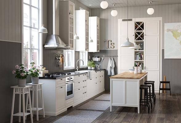 Кухня в квартире старого города