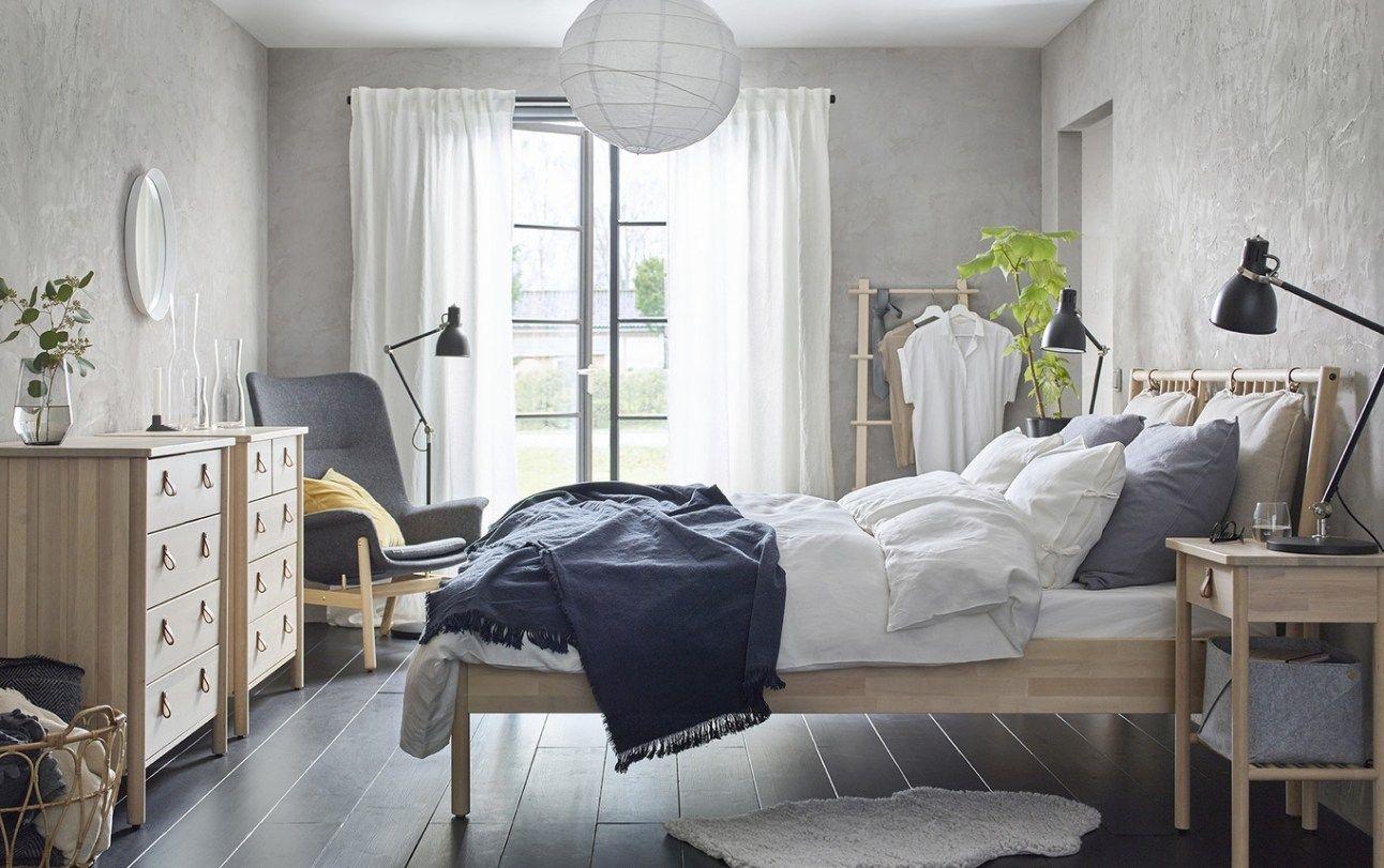 Спальня в скандинавском стиле для любителей природы