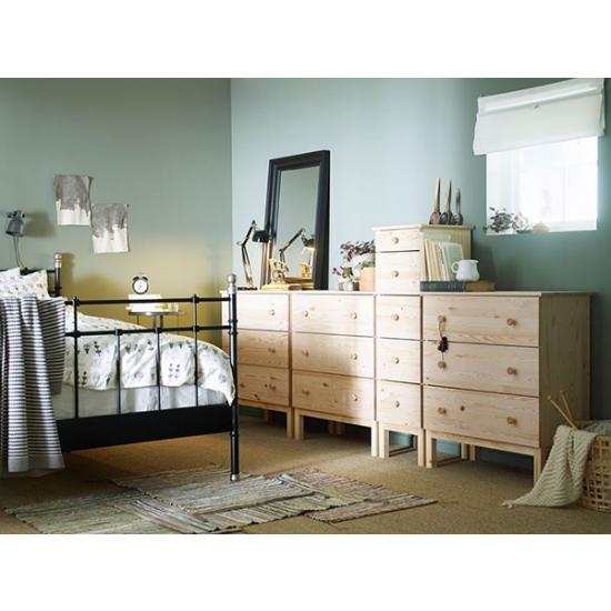 Спальня с ароматом сосны