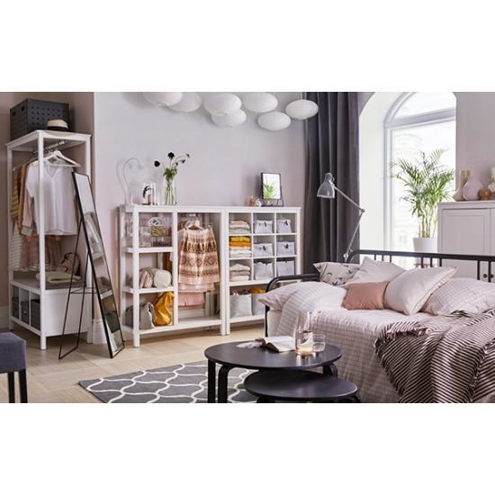 Открытое смарт-хранение для небольшой спальни