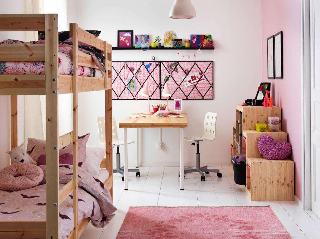 Интерьер IKEA - детская в розовой гамме